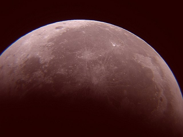 1567219013613-VMdeMorais_Lunar-Eclipse_00h33m05s.jpg