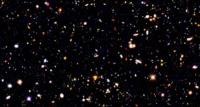 1567214002910-ESA_Euclid_EDFF_Candels_v1_zoom.png