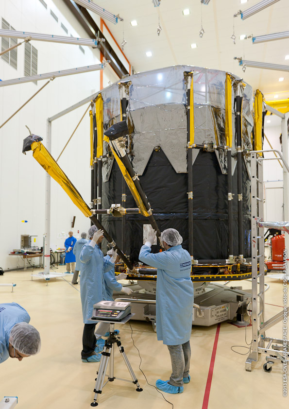 1567216887532-Gaia_Kourou_Preparing-deployable-sunshield-array_009.jpg