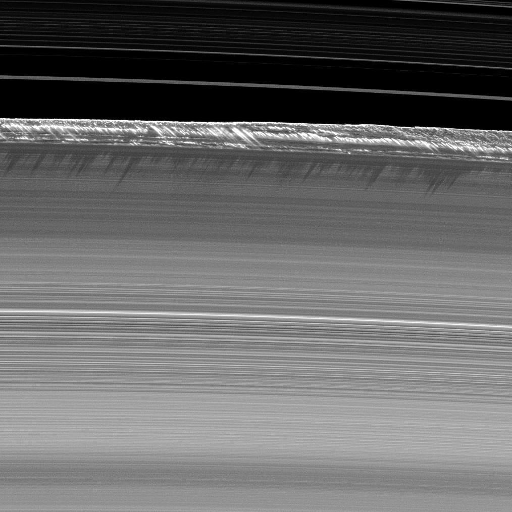1567214506566-Cassini_Saturn_B_ring_peaks.jpg