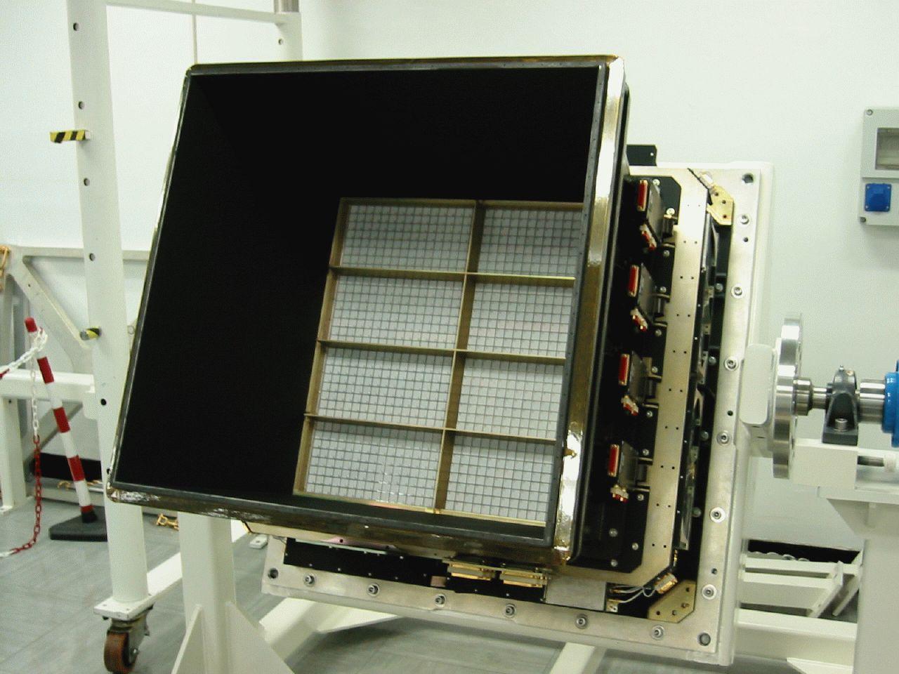1567219795480-IBIS-detector-unit.jpg