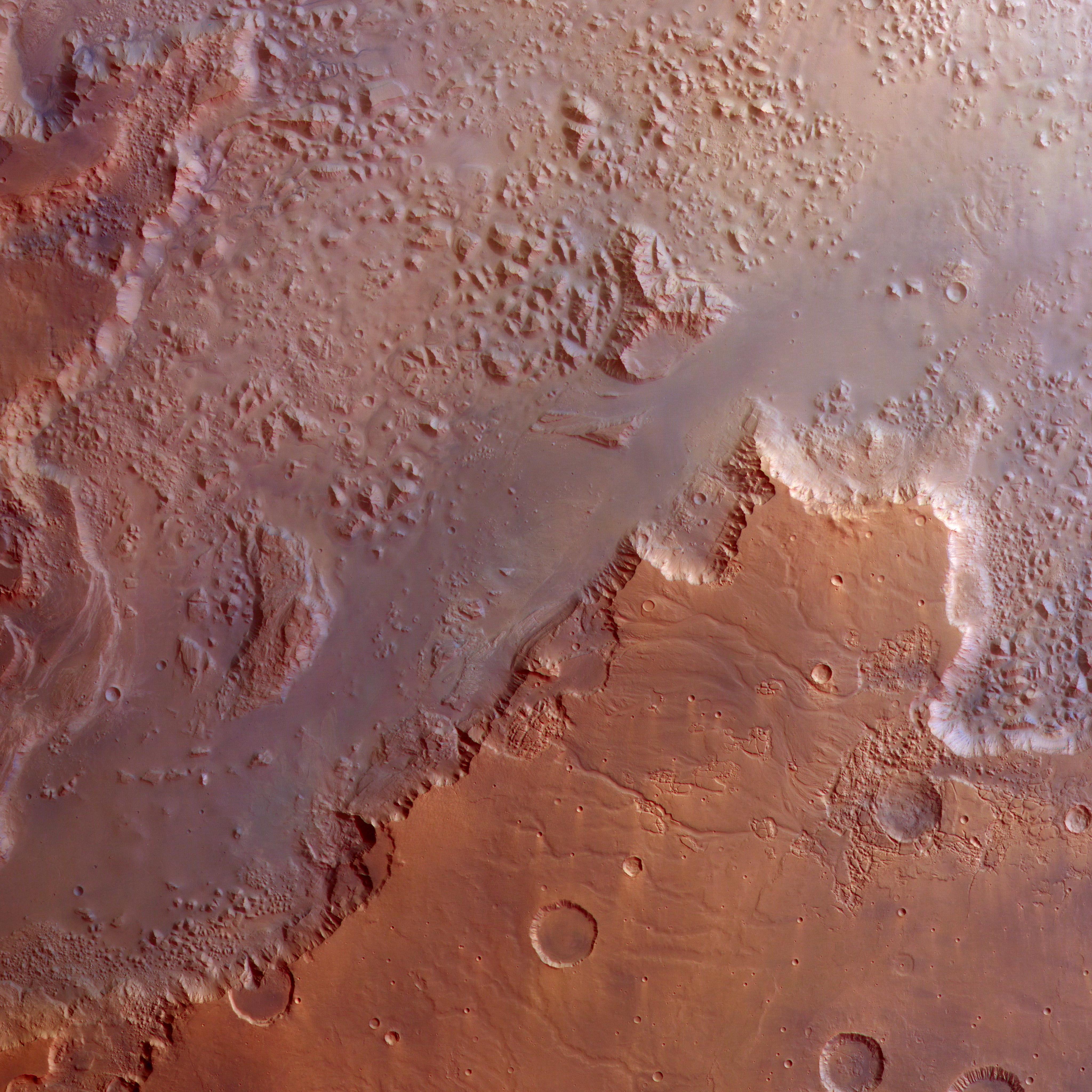 1567218054844-Eos-Chasma.jpe