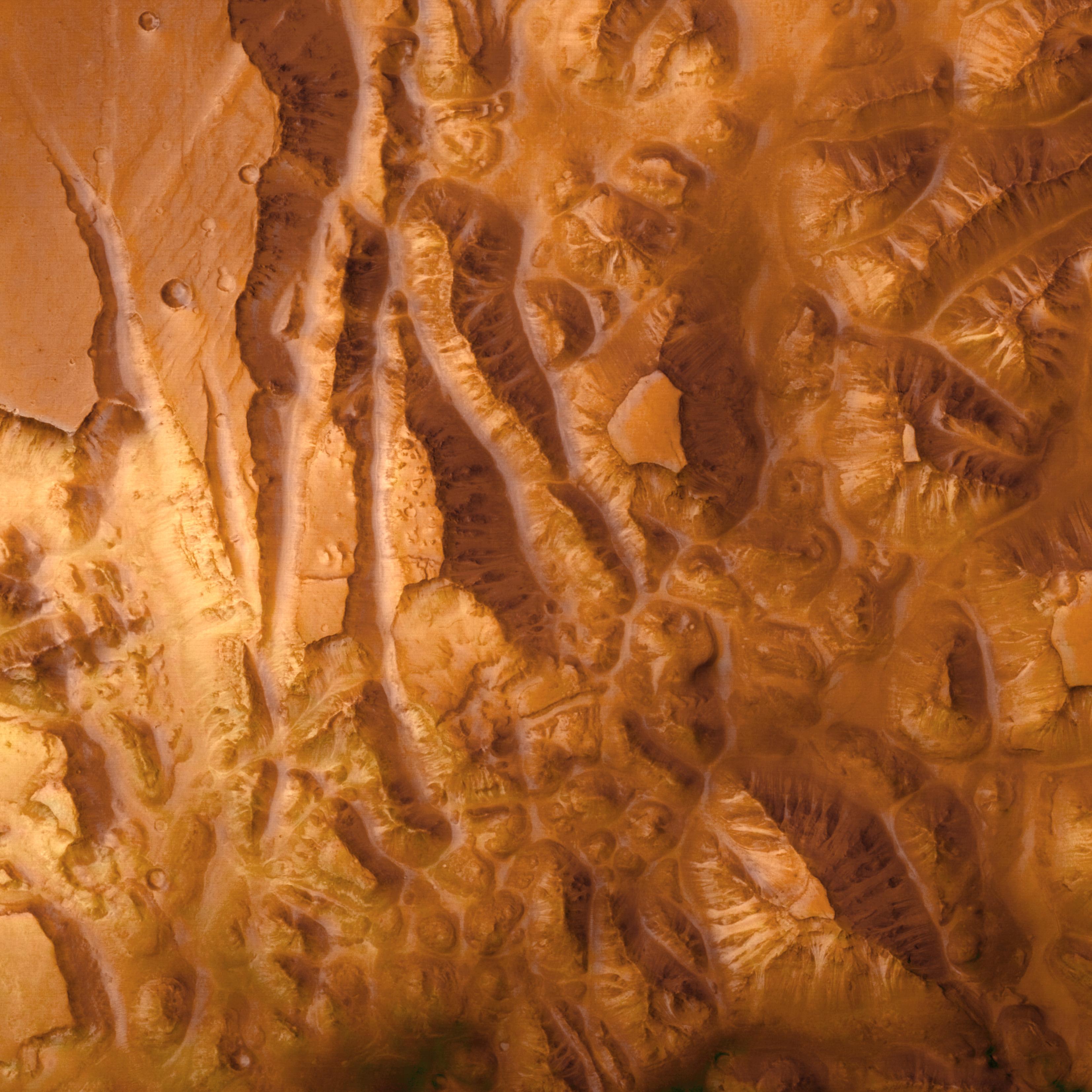 1567220512138-Valles_Marineris_Overhead.jpg