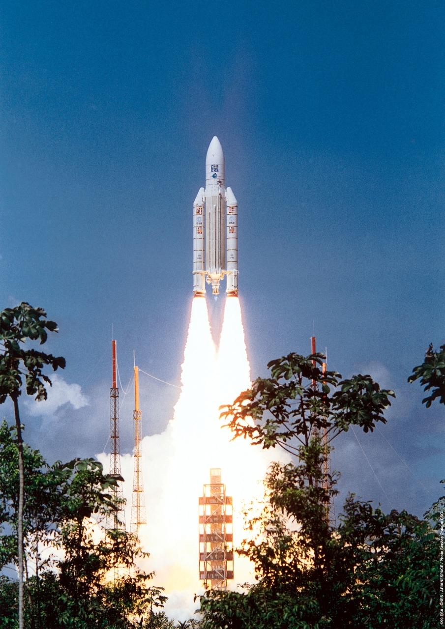 1567220932599-XMM_launch_Ariane_504_19991210_c_1280.jpg