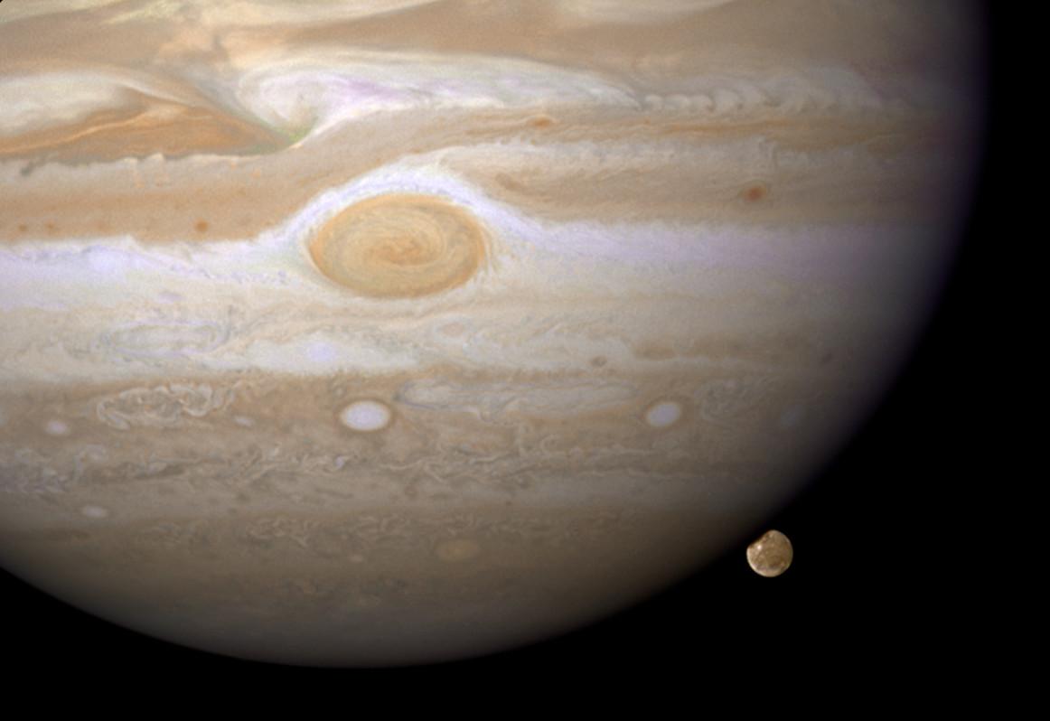 1567214329133-HST_Jupiter_Ganymede_opo0842a.jpg
