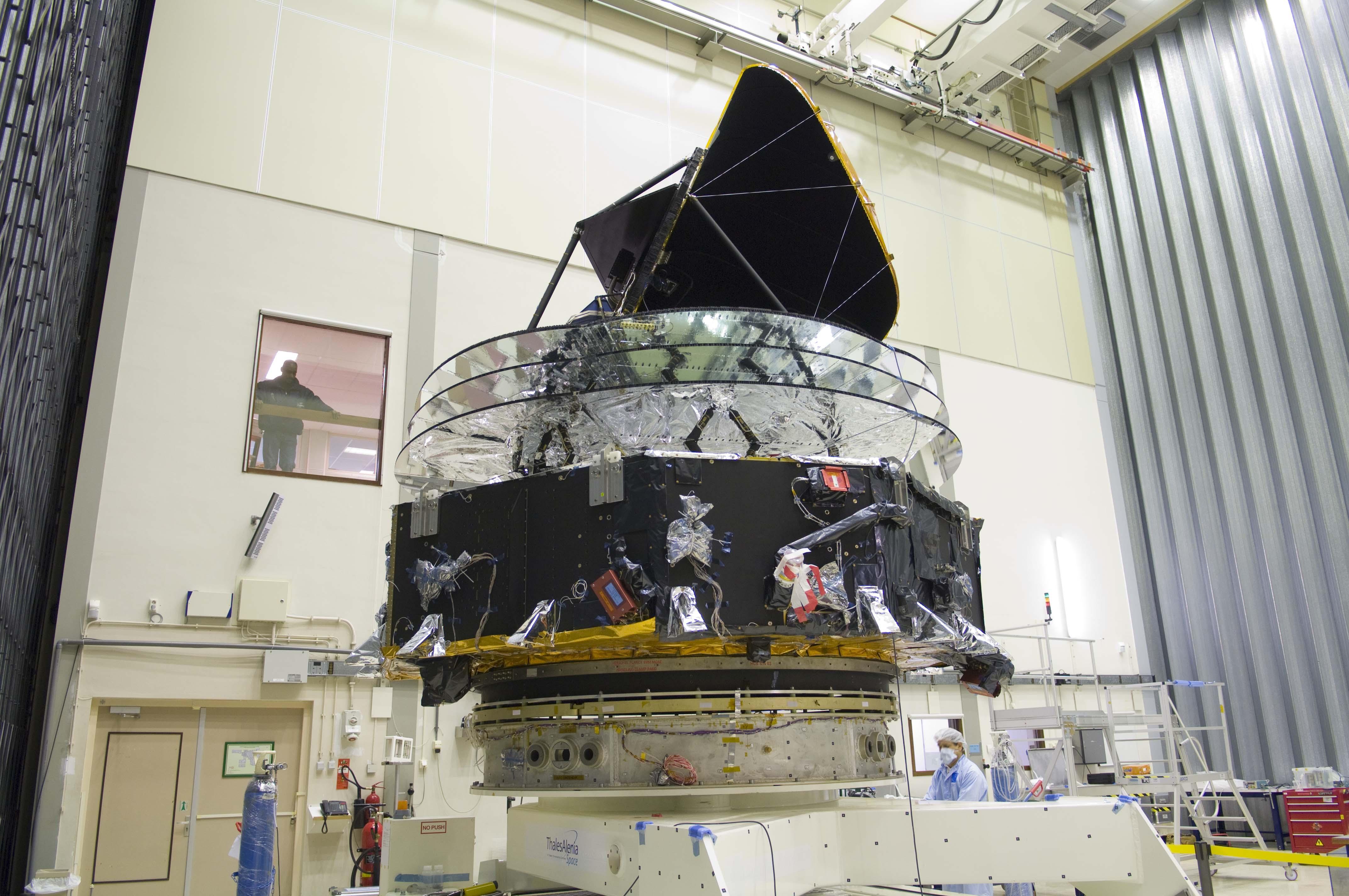 1567217795320-Planck-spacecraft__ID_Pavo2008-1335.JPG