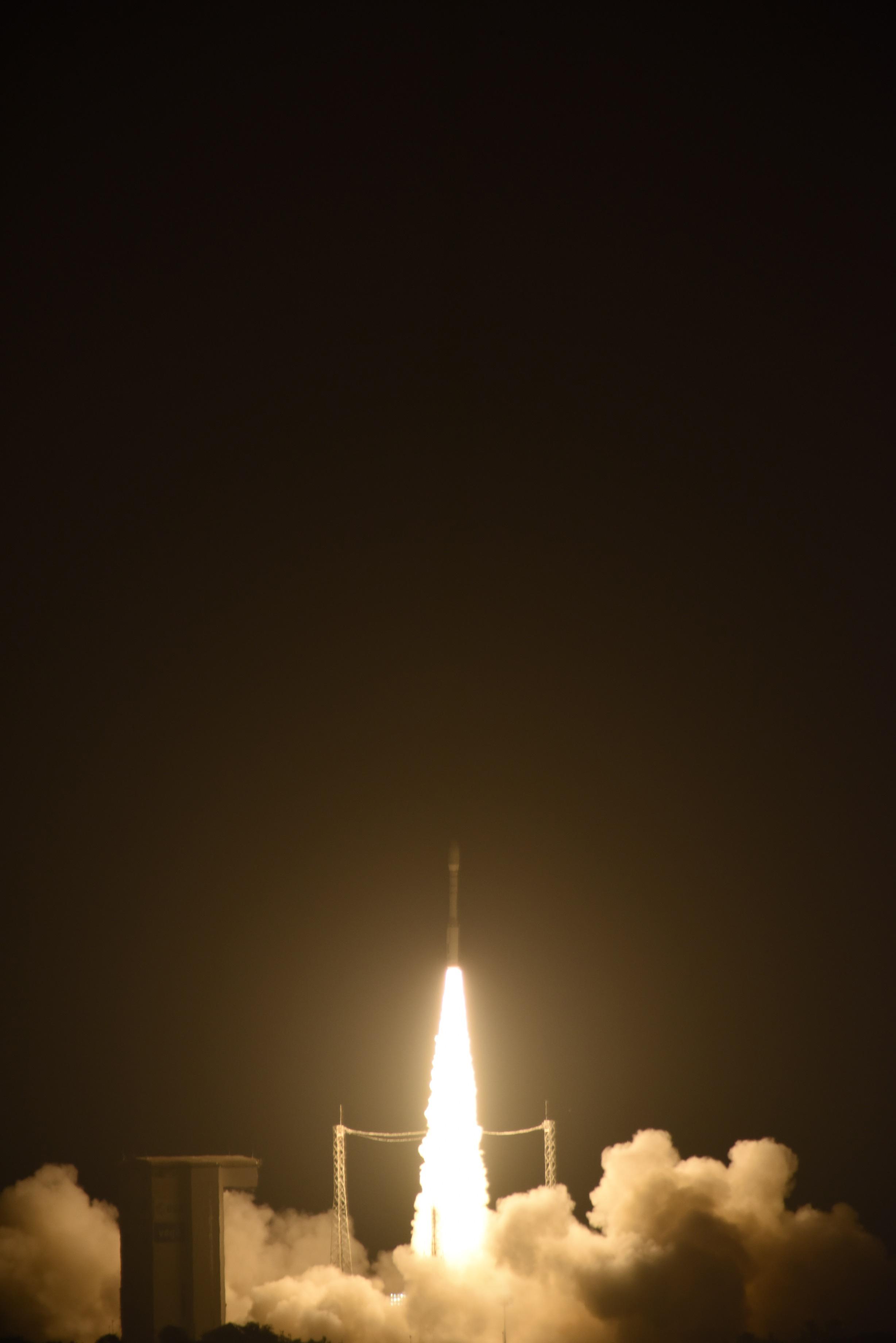1567215652468-Liftoff_of_Vega_VV06_carrying_LISA_Pathfinder.jpg