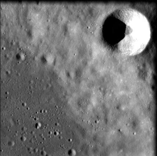 1567218257132-Crater-Cuvier.jpg