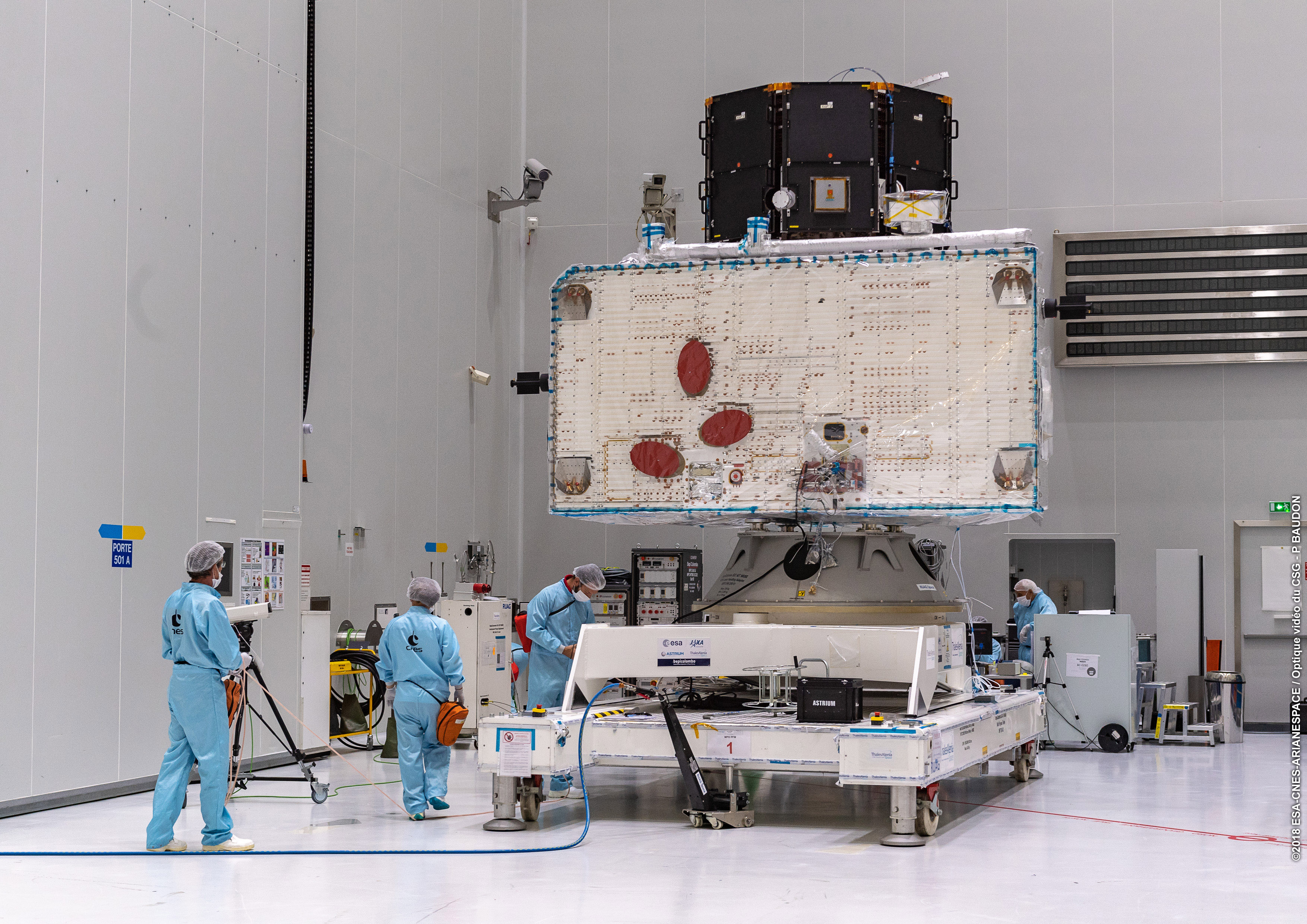 1567214078646-BepiColombo_ministack_on_the_move_1.jpg