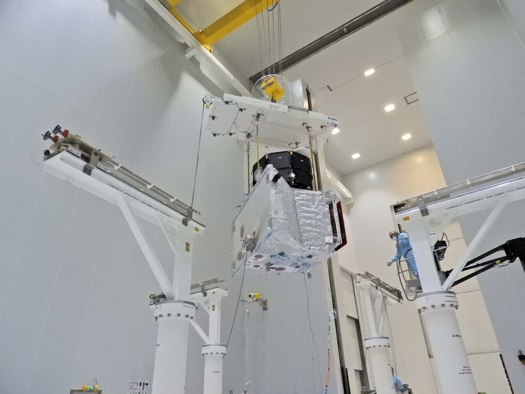 1567214100121-BepiColombo_ministack_on_the_move_5.jpg