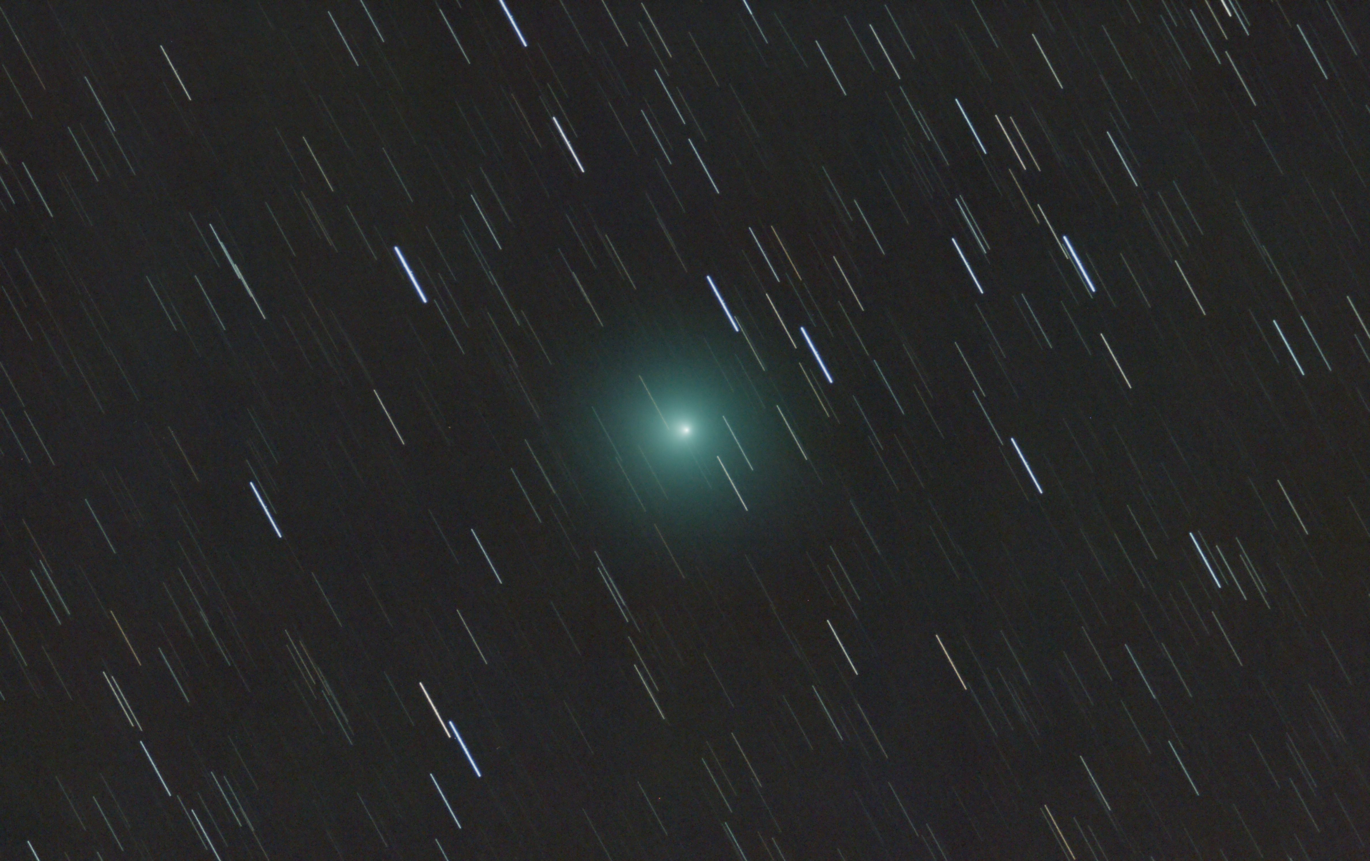 1567214264721-Comet_46P_Wirtanen_from_Madrid_2.jpg
