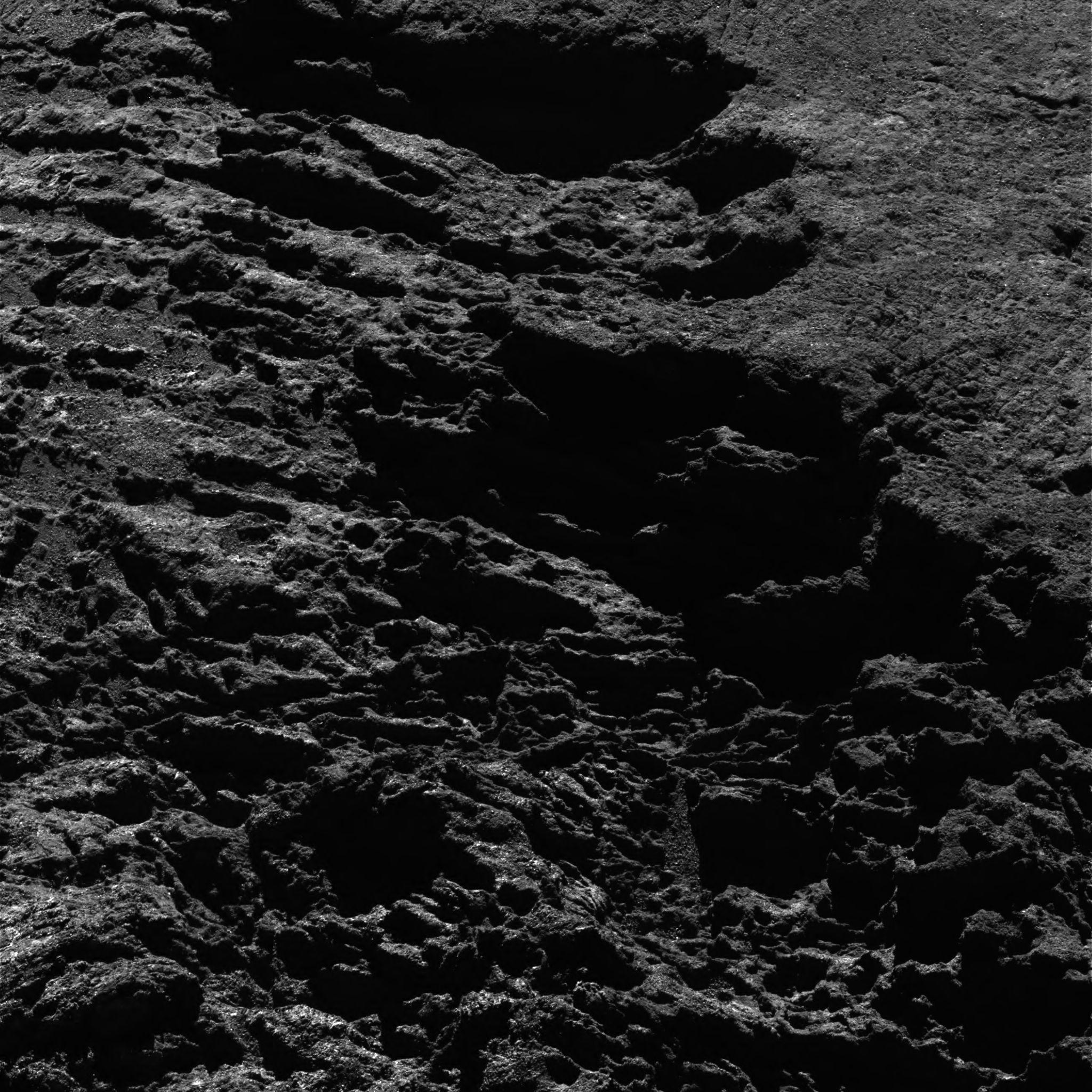 1567215335298-Rosetta_OSIRIS_NAC_comet_67P_20160824T111734.jpg
