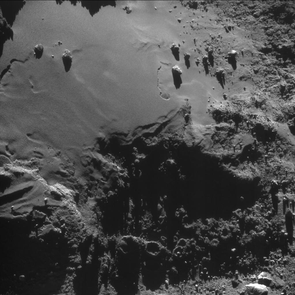 1567215335695-Rosetta_NavCam_comet_67P_20160817.jpg