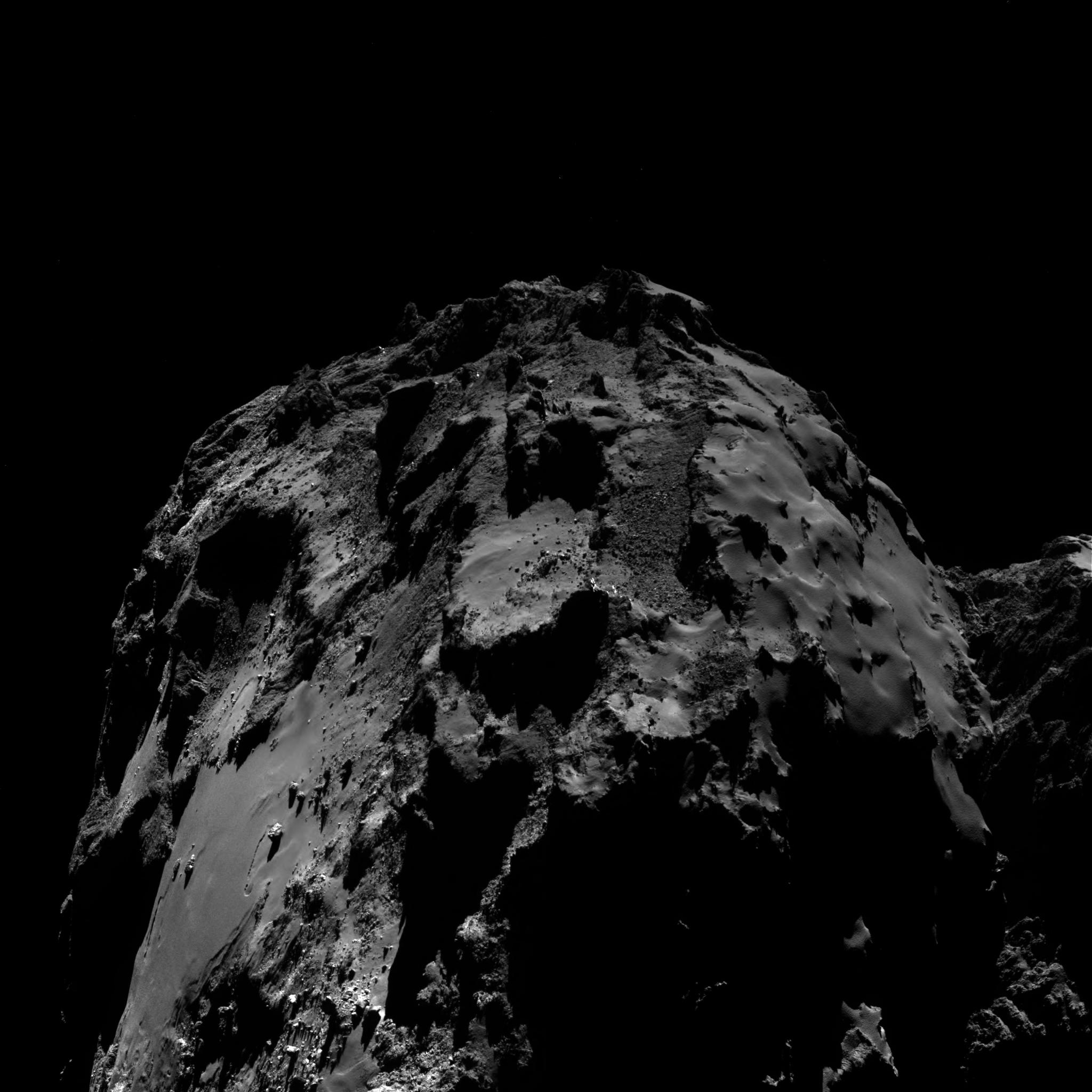 1567215426017-Rosetta_OSIRIS_WAC_comet_67P_20160810T160532.jpg