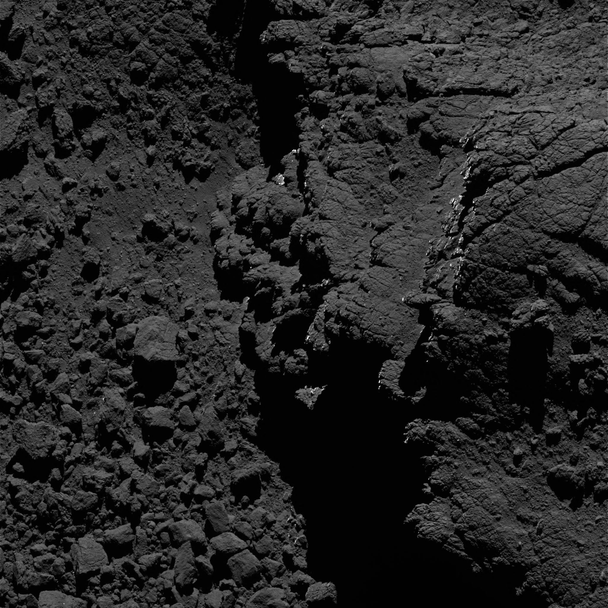 1567215477195-Rosetta_OSIRIS_NAC_comet_67P_20160827T211748.jpg