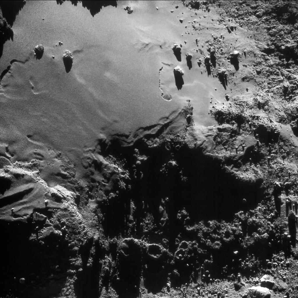 1567215481785-Rosetta_NavCam_comet_67P_20160817_enhanced.jpg