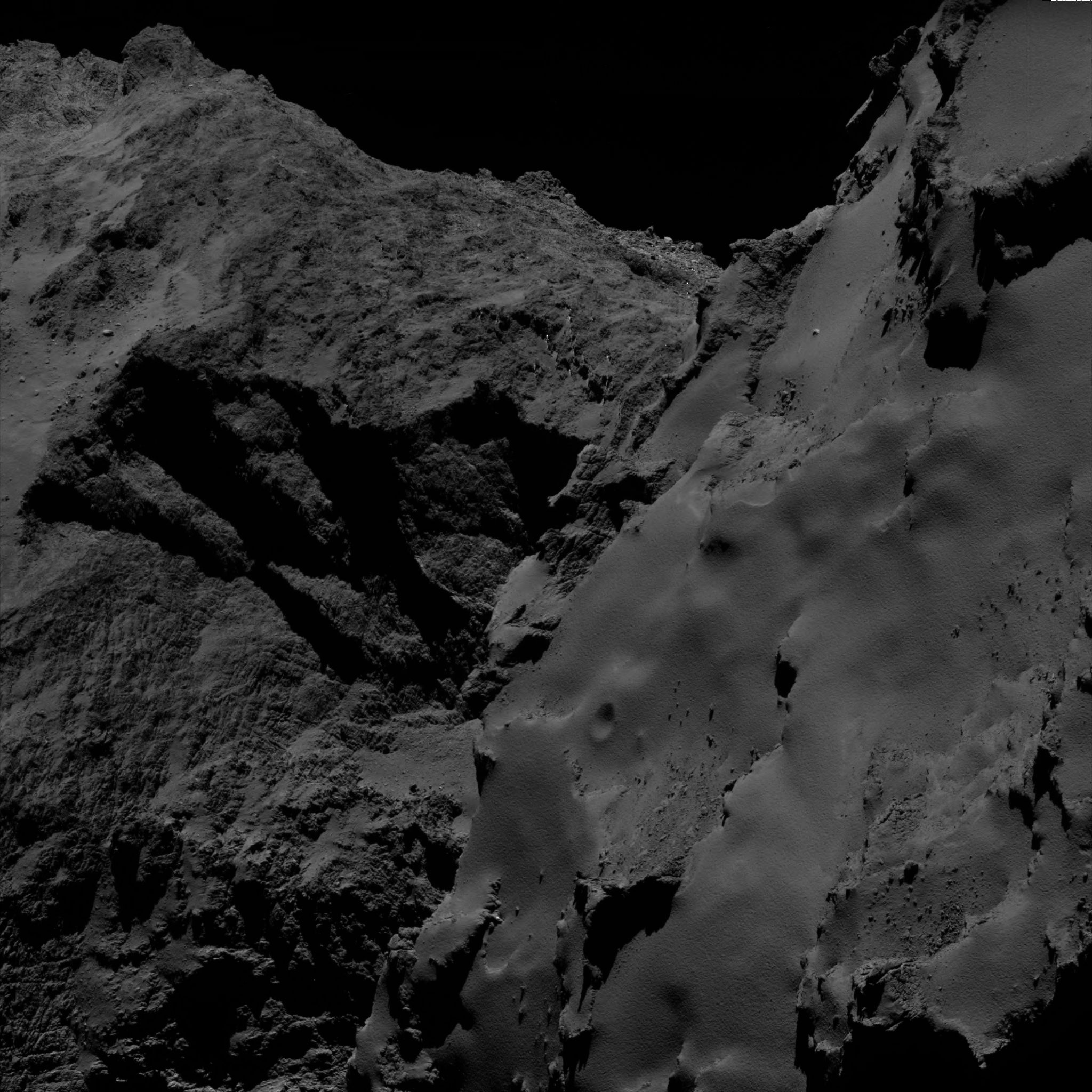 1567215483098-Rosetta_OSIRIS_WAC_comet_67P_20160815T225801.jpg