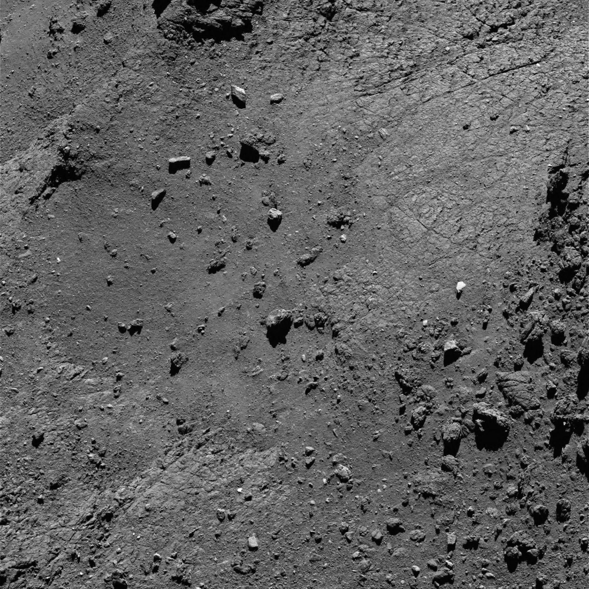 1567215487395-Rosetta_OSIRIS_NAC_comet_67P_20160815T193748.jpg