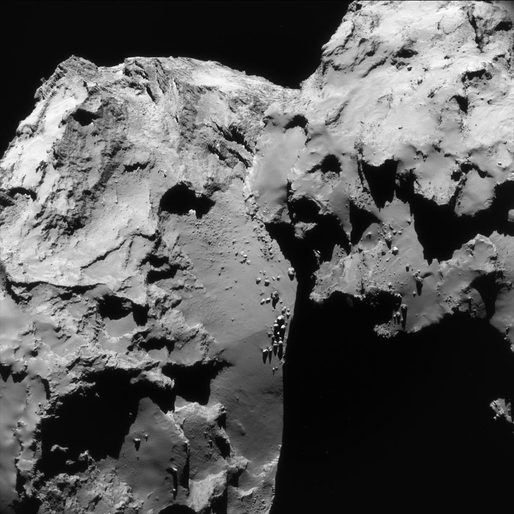 1567215507797-Rosetta_NavCam_comet_67P_20160617_enhanced.jpg