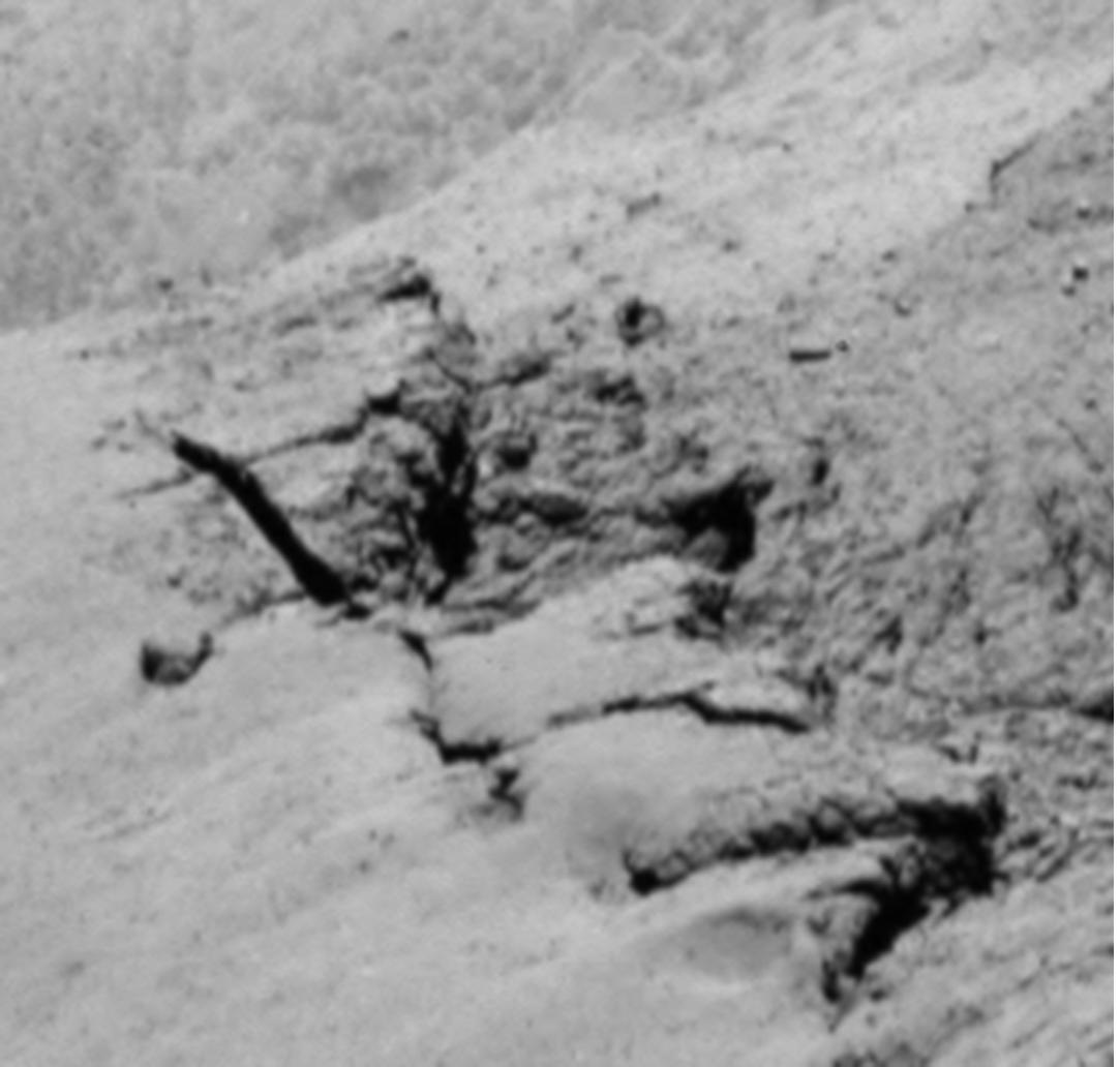 1567215905606-ESA_Rosetta_OSIRIS_NAC_67P_El-Maarry_Fig3b.jpg