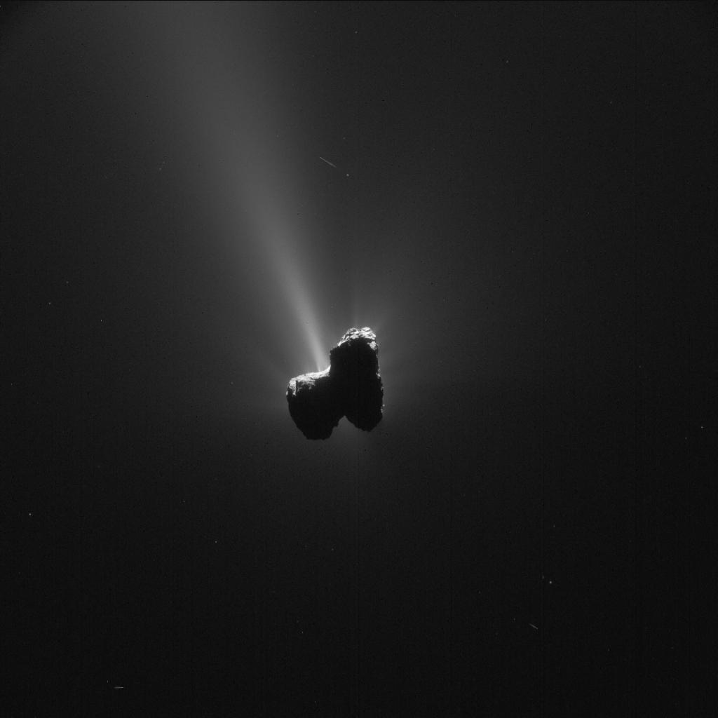 1567215915084-Rosetta_NavCam_comet_67P_20150911_enhanced.jpg