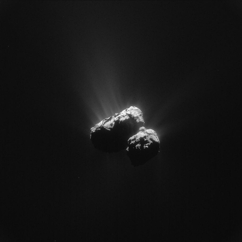 1567215969289-Rosetta_NavCam_comet_67P_20150624_enhanced.jpg