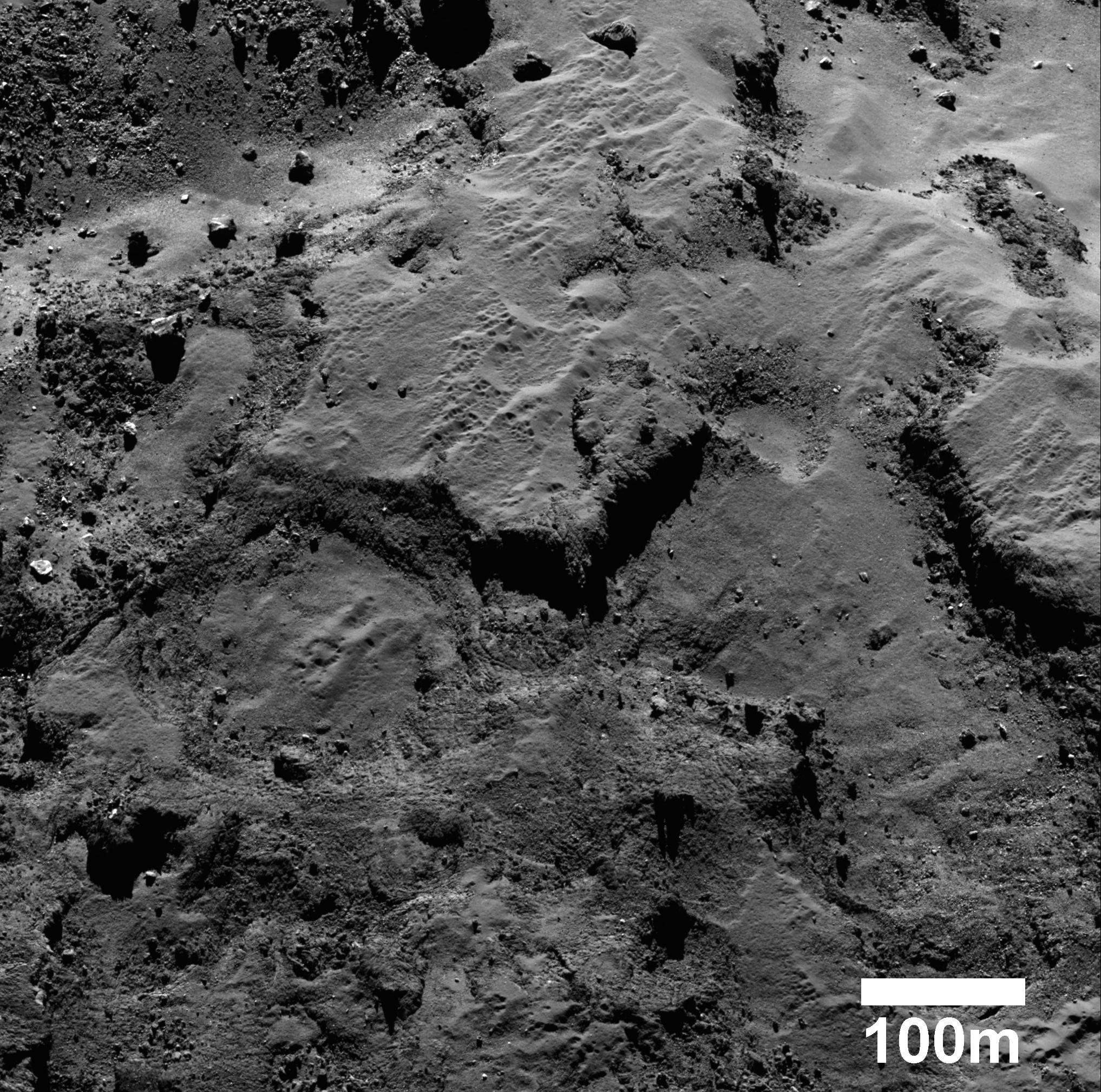 1567215975404-ESA_Rosetta_OSIRIS_Maftet.jpg