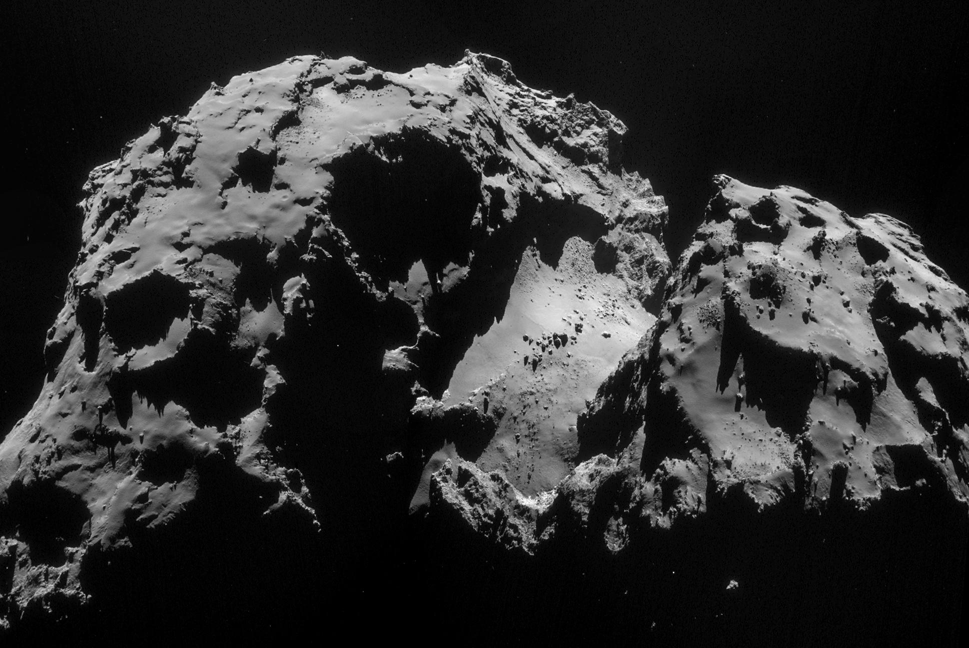 1567216259924-Rosetta_NAVCAM_comet_67P_20140924_mosaic.jpg