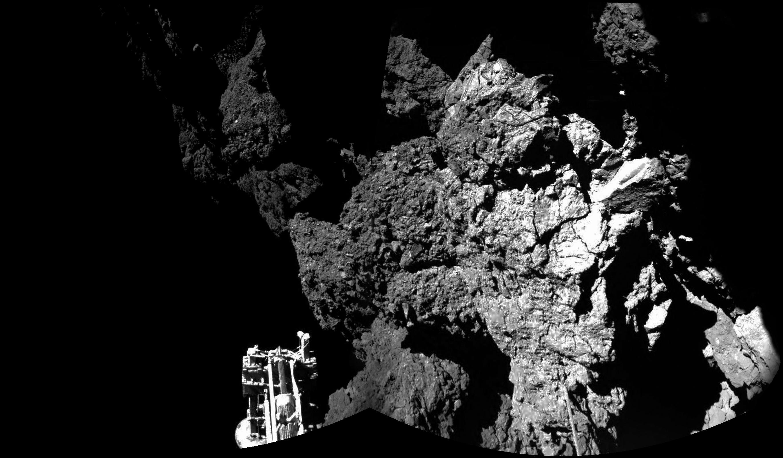 1567216583494-ESA_Rosetta_Philae_CIVA_welcome_to_a_comet.jpg