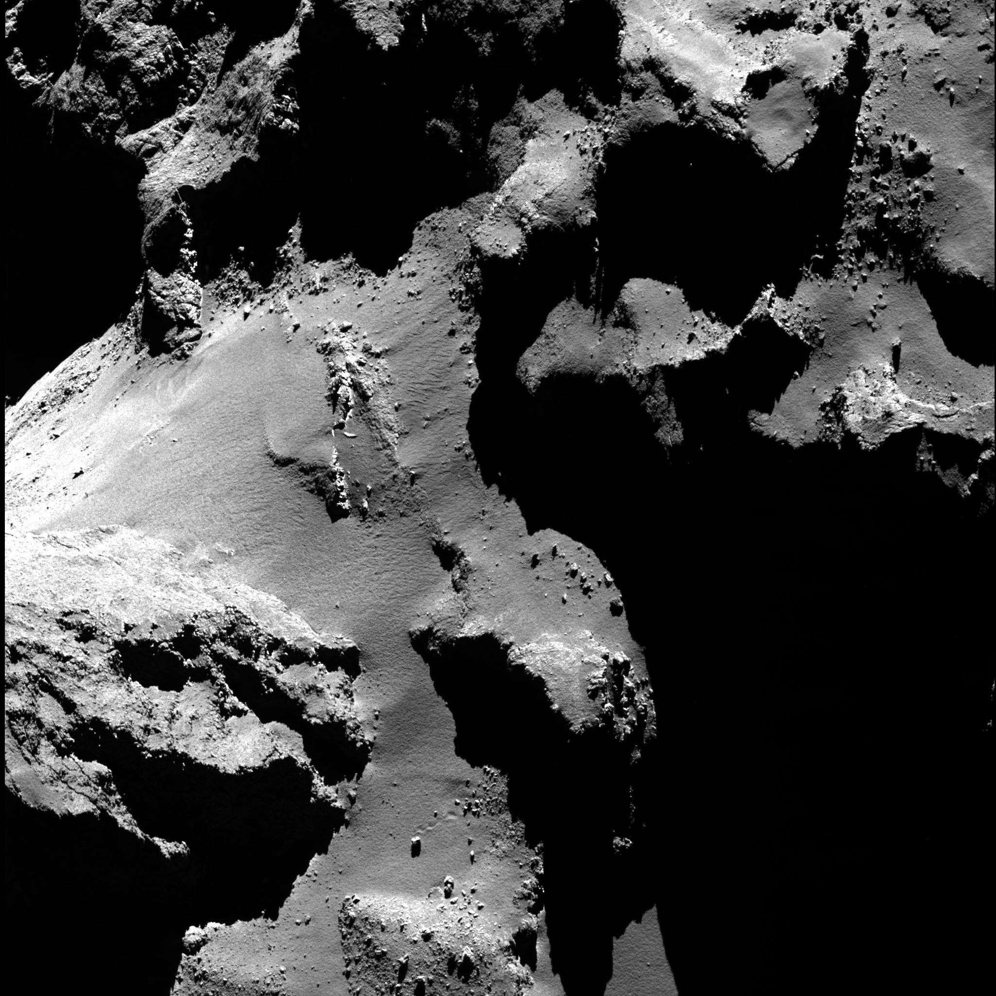Rosetta_67P_OSIRIS_NAC_20160605_bouncing_boulder.jpg