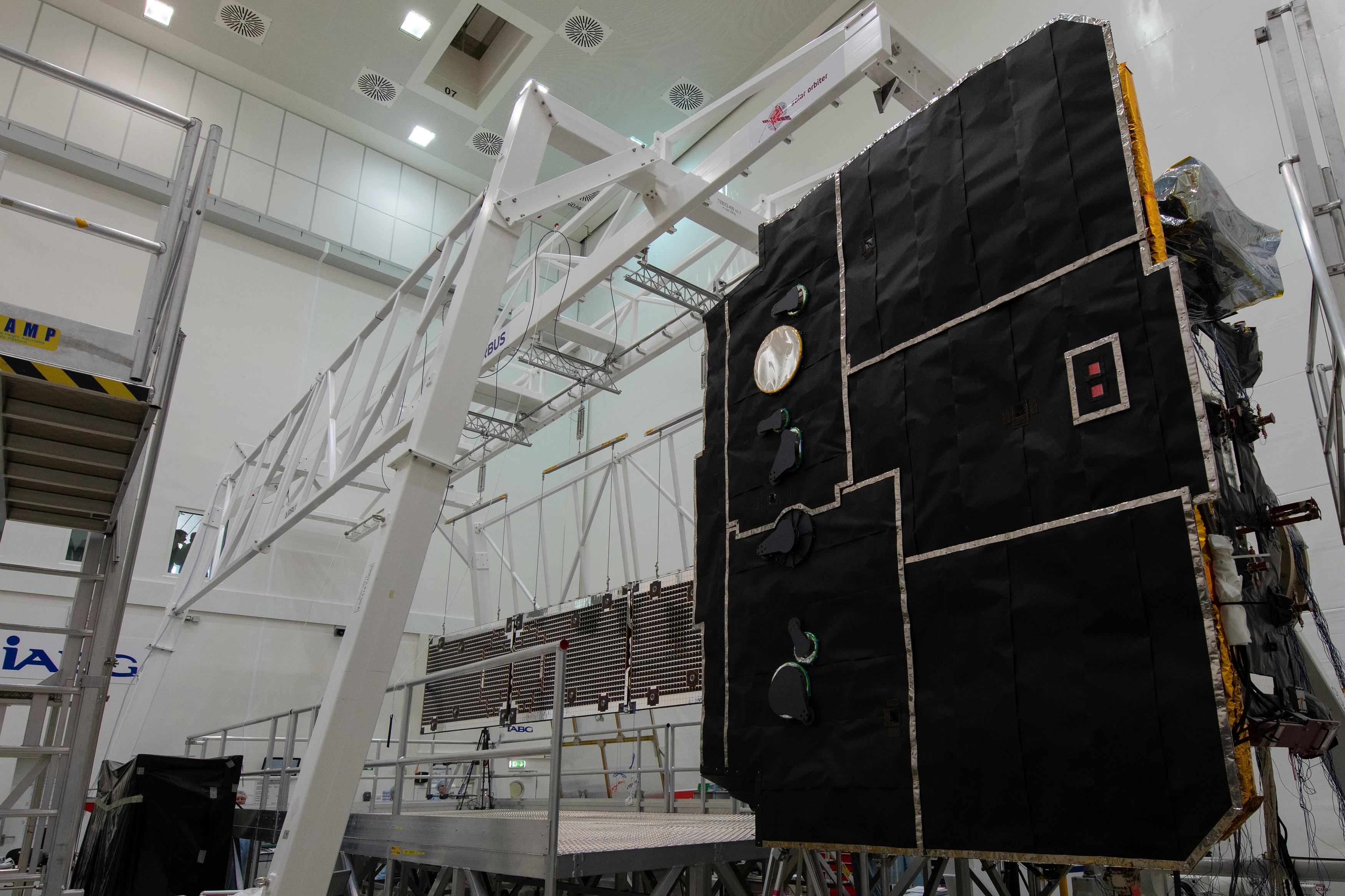 1567214255120-Solar_Orbiter_array_deployment_test_20190321-f.jpg