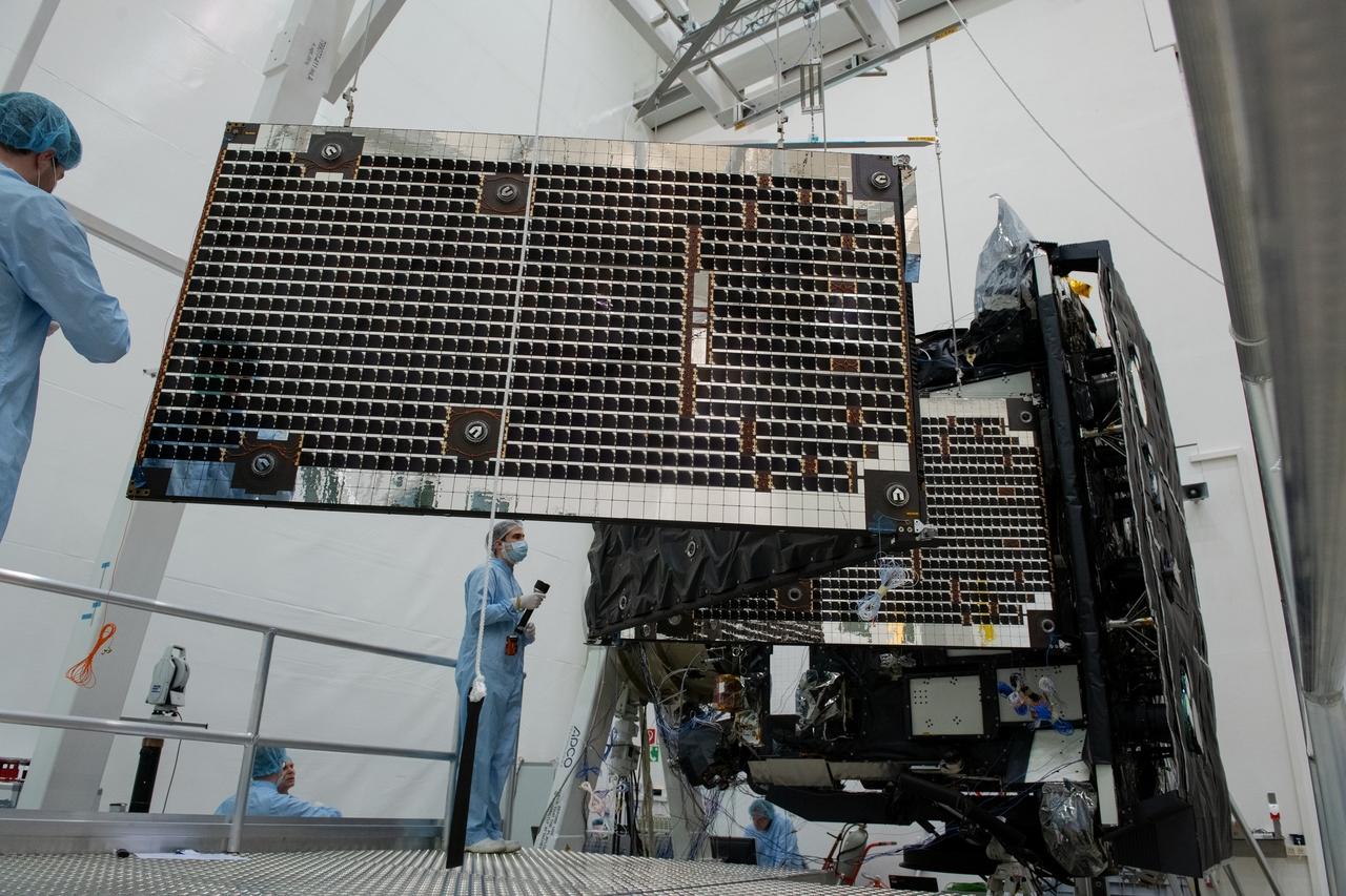 1567214255829-Solar_Orbiter_array_deployment_test_20190321-c_1280.jpg