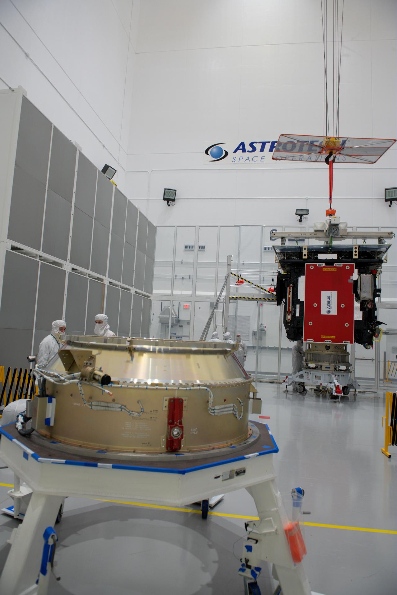 Solar_Orbiter_during_launch_preparations_1_1280.jpg