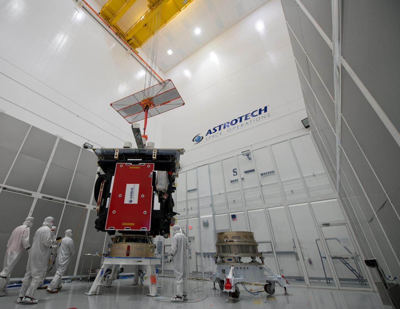 Solar_Orbiter_during_launch_preparations_3_1280.jpg