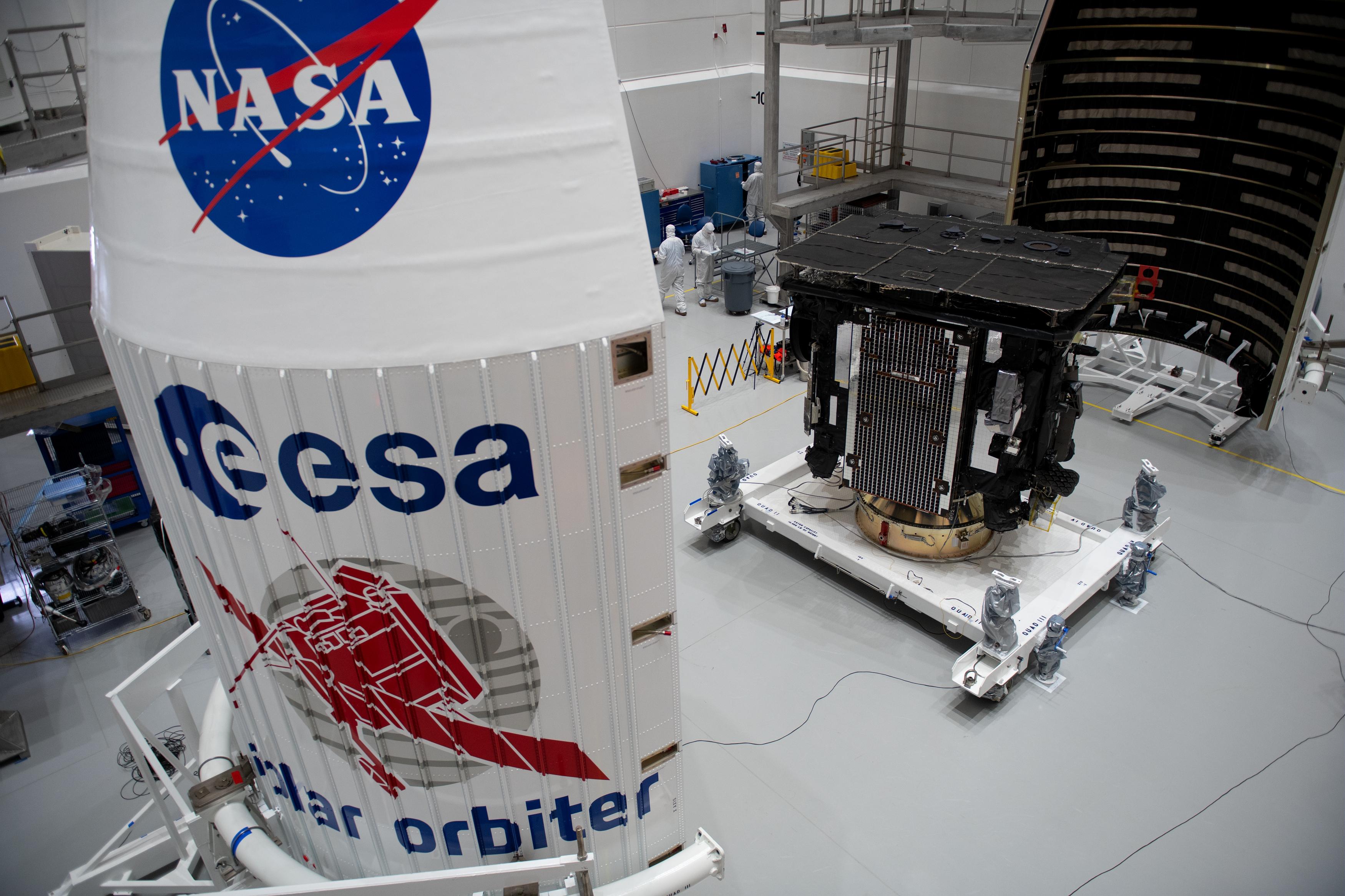 Solar_Orbiter_integrated_into_rocket_fairing_1.jpg